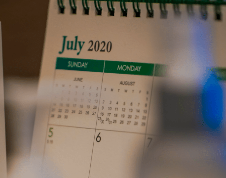 Impression de calendrier chevalet à spirales
